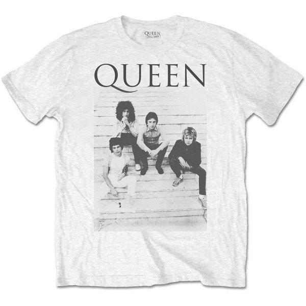 Queen Shirt Stairs